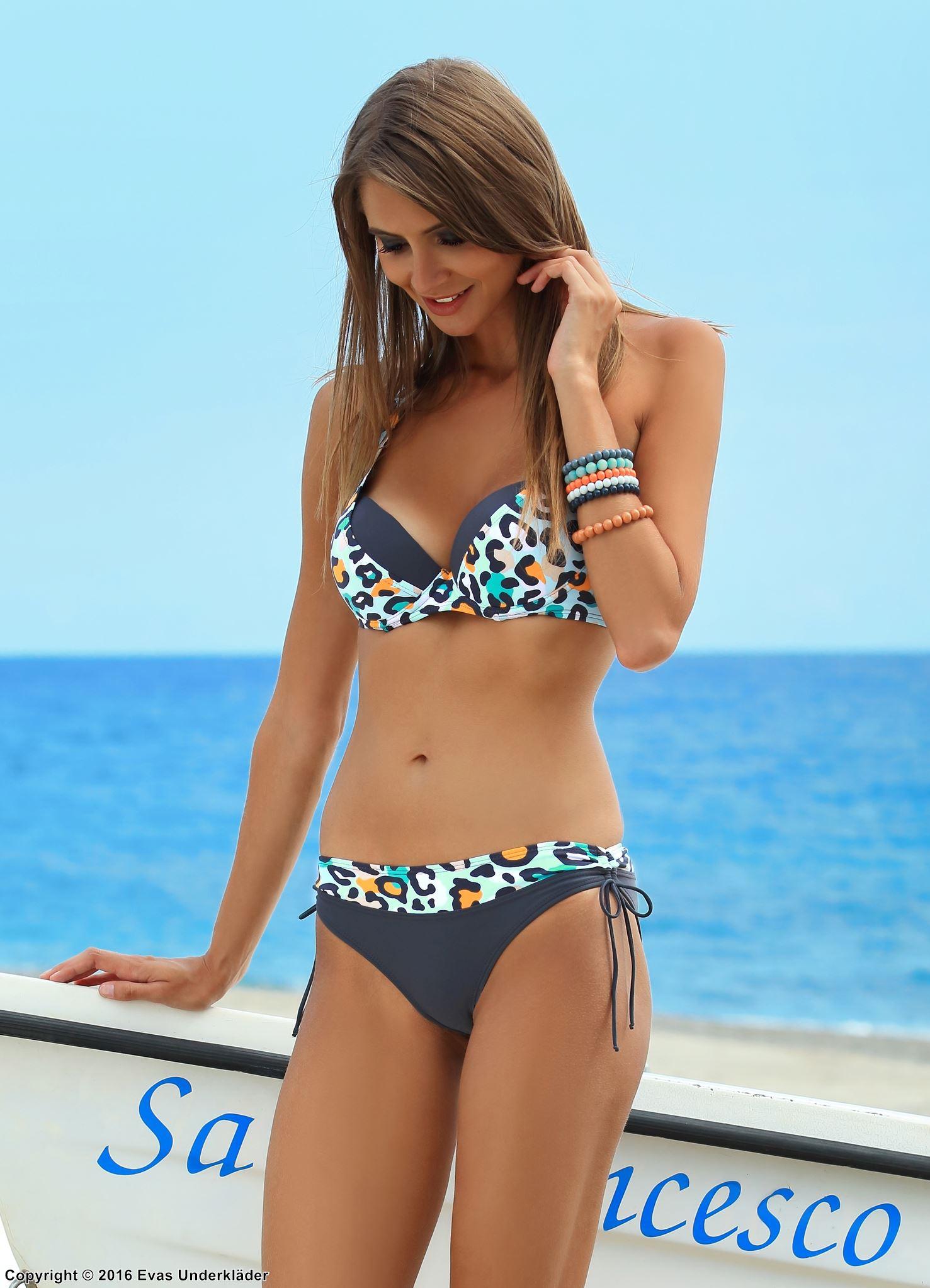 bikini med uttagbara inlägg